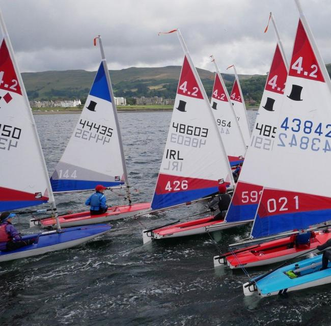 n Start of the 4.2 Fleet in Largs                                                                           Picture: GORDON COCHRANE