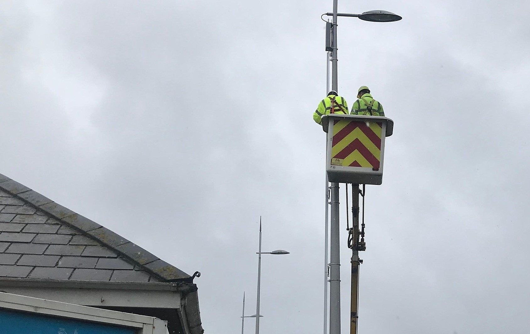 Work underway to install new LED lights along Weymouth seafront