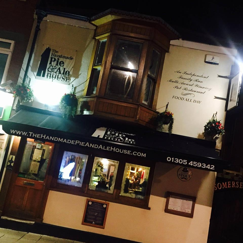 Handmade Pie and Ale House to continue serving after all - Dorset Echo