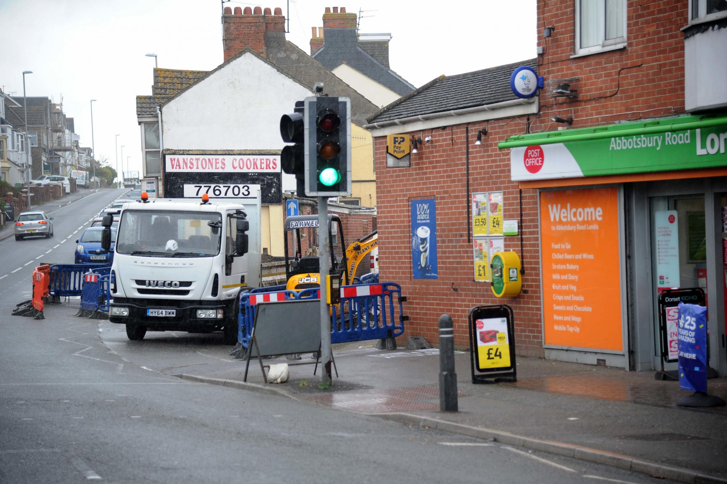 Roadworks on Abbotsbury Road Weymouth - Dorset Echo