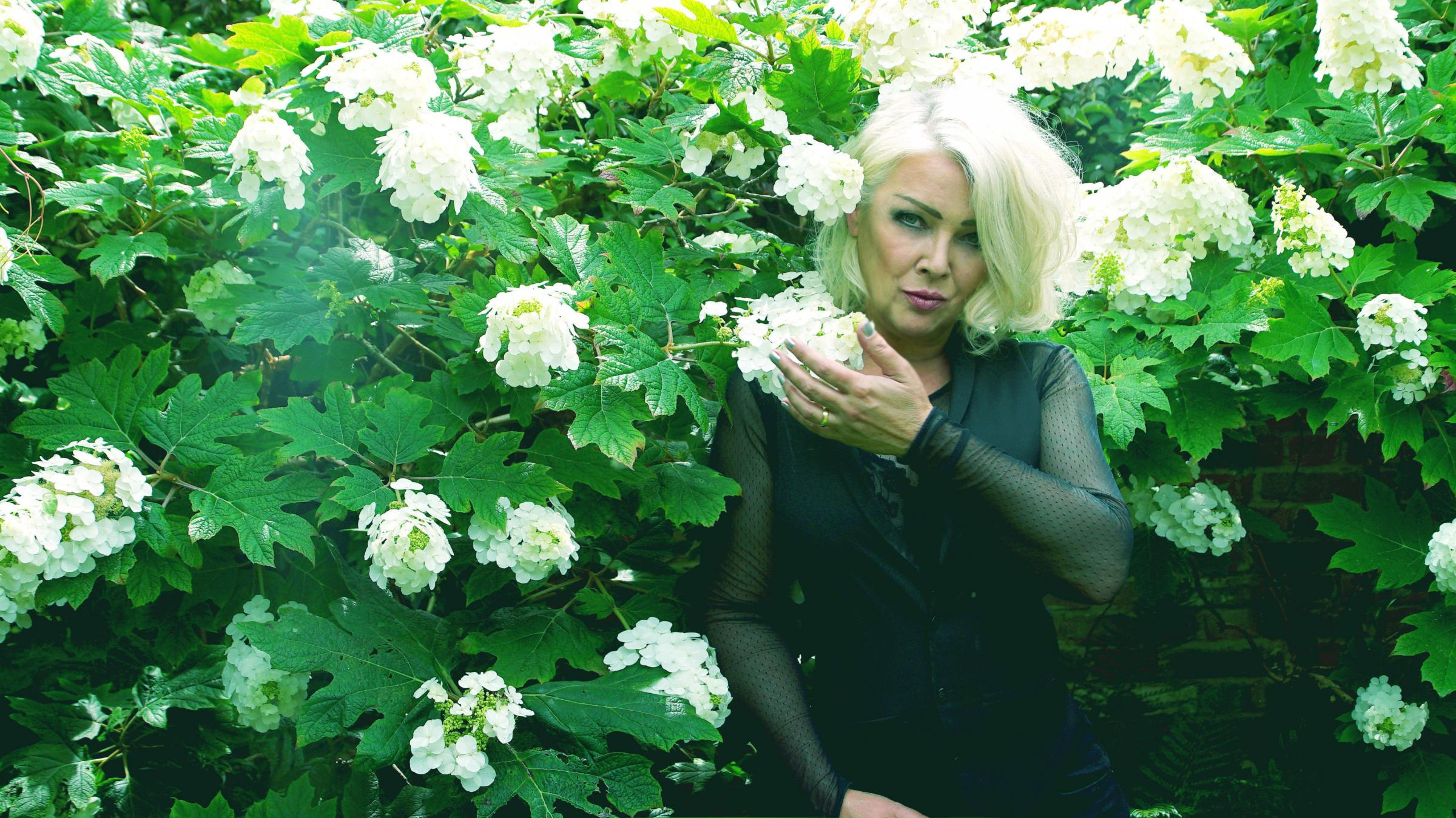 80s pop star brings decade-defining hits to Dorset