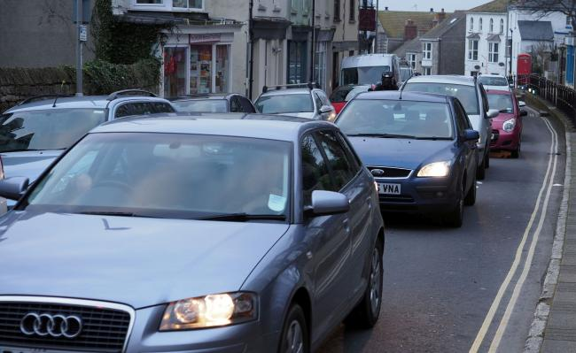 Traffic is queuing on Portland   Picture: Geoff Moore/Dorset Media Service