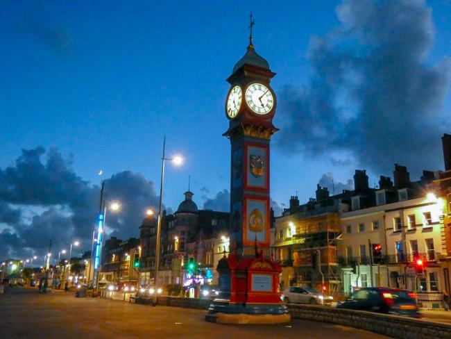 The Jubilee Clock will light up for charities