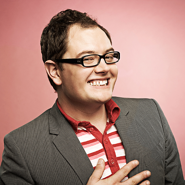 'Chatty Man' Alan Carr coming to West Dorset