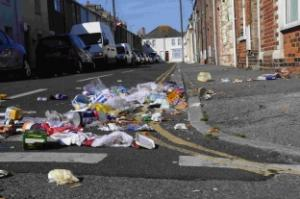 Weymouth rubbish problem: Rubbish in the gutter
