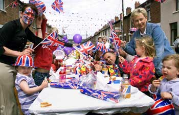 Dorset Echo: Street party