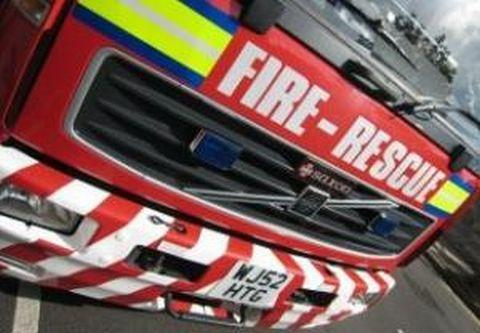 Firefighters tackle thatch fire near Bridport