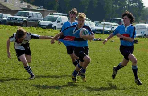 ON THE MOVE: Weymouth Under-16s in possession against Ivel