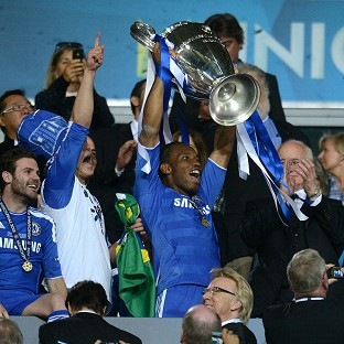 Didier Drogba lifts the Champions League trophy