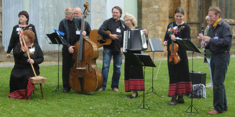 Ceilidh with Estonian and English music