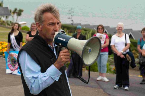 HIGHLIGHTING THE CAUSE: Richard Drax MP speaking to helicopter campaigners