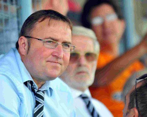 AIMING TO BOOST FUNDS: Chairman Shaun Hearn
