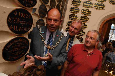 ENTENTE CORDIALE: Dorchester Mayor Andy Canning shows Bayeux twinning chairman Dominic Andre, right,and Dorchester twinning chairman Anthony Thorne around the council chamber