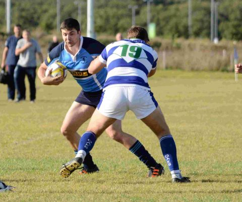 TRY-SCORER: Adam Hoxey in action against the Oaks