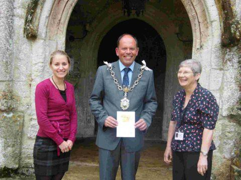 Dorset Echo: HAVING A BALL: Mayor Andy Canning with Laura Dean, left, and Janet Kennewell