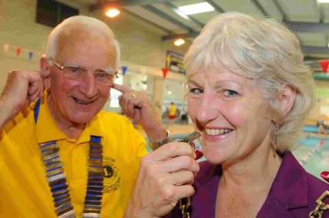 STARTER'S ORDERS:  Pictured at last year's Dorchester Lions Swimarathon are Mayor Tess James and Lions President Derrick Buswell