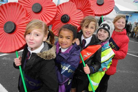 Conifers Primary School pupils with poppies