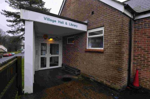 Dorset Echo: ON DUTY: Puddletown Library