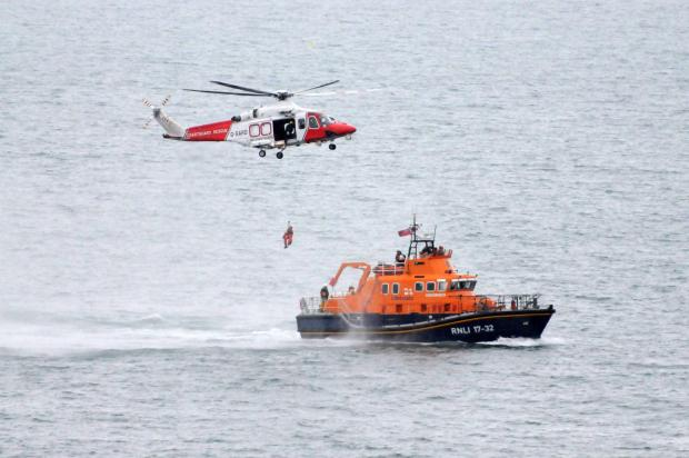 Dorset Echo: RNLI lifesavers battle extreme weather in a busy 2013