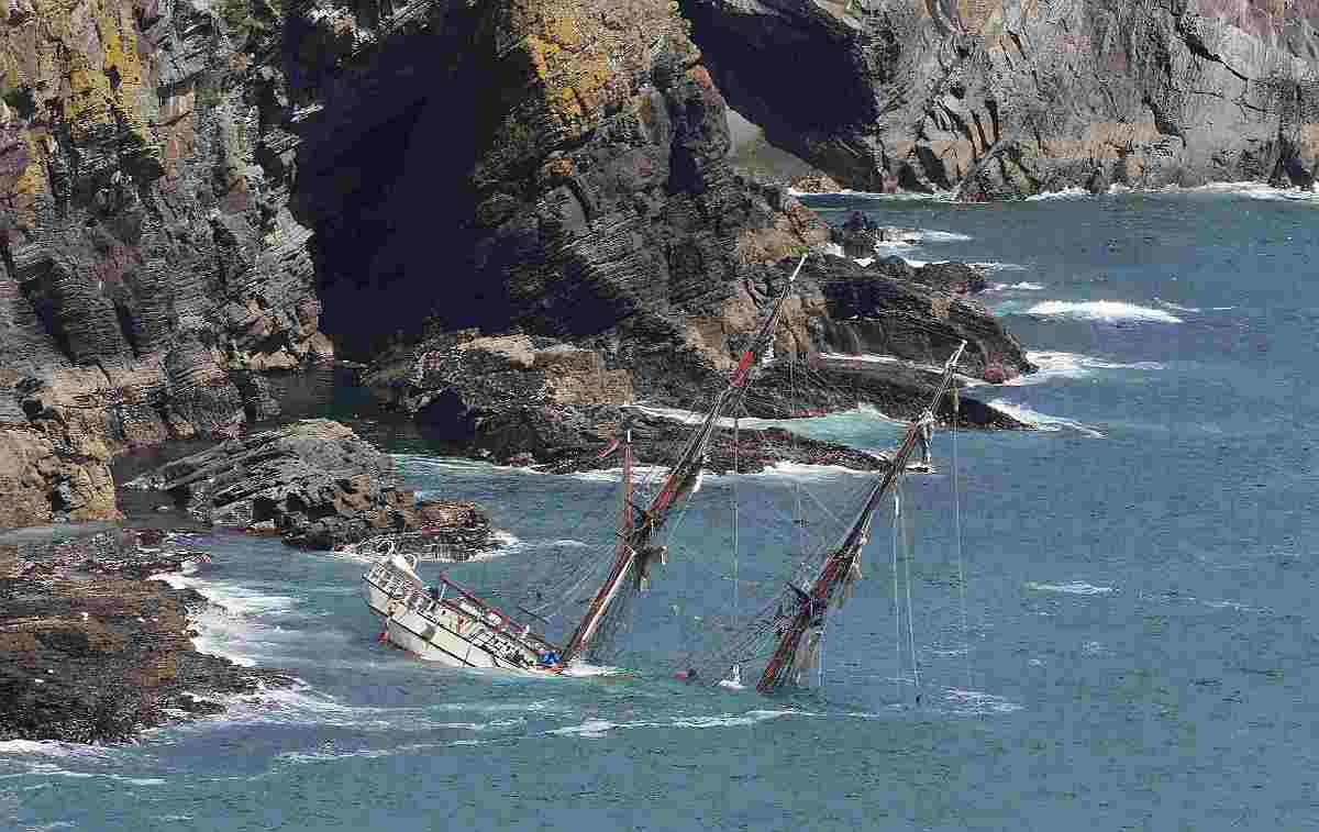 Sunken Tall Ship Astrid could be saved if Irish Coast Guard approve plans