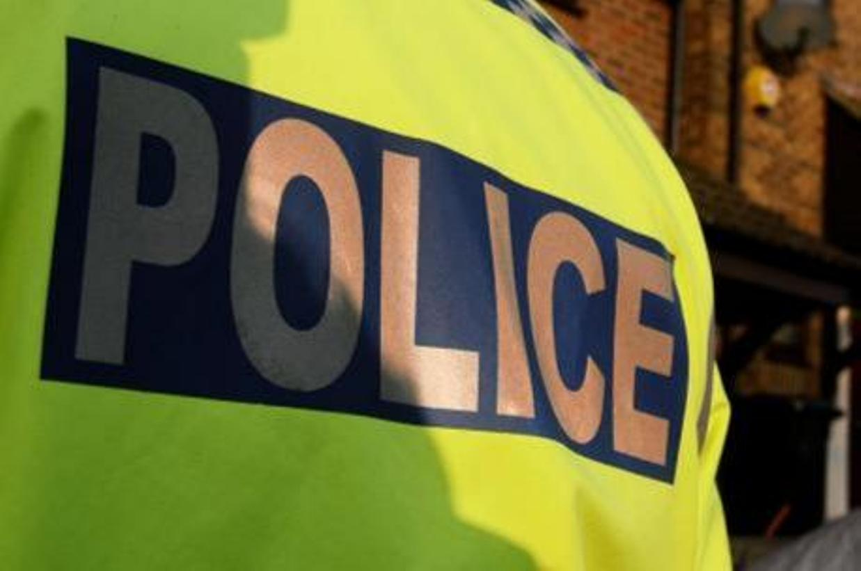 Crash blocks B3162 in West Dorset