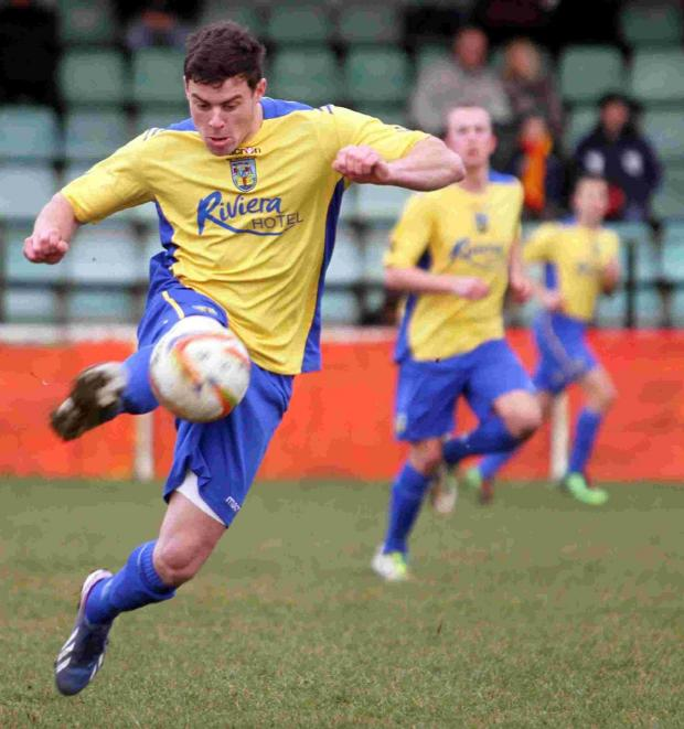 Dorset Echo: FLYING WINGER: Luke Burbidge