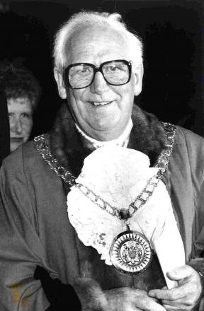 Tributes pour in for a former Mayor
