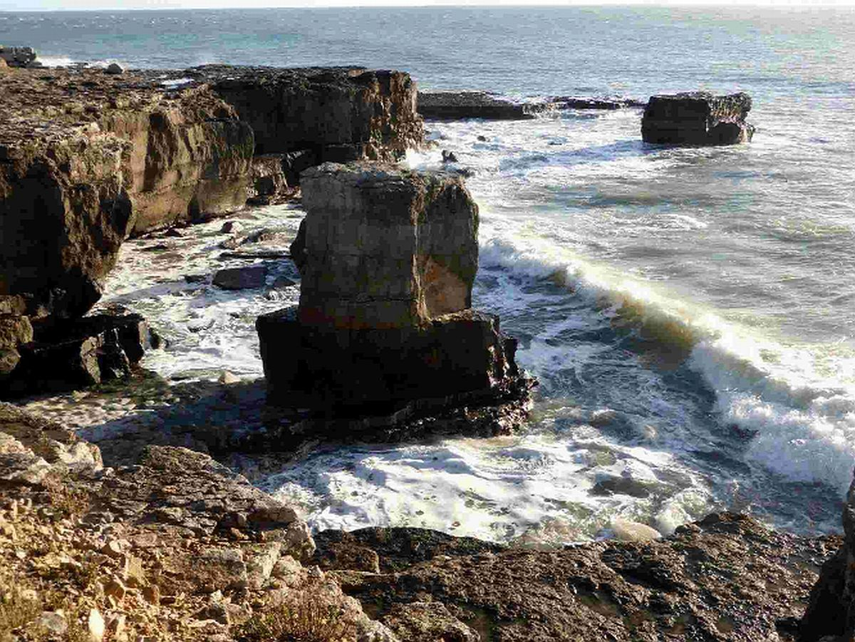 Ancient rock stack on Portland Bill destroyed by high seas