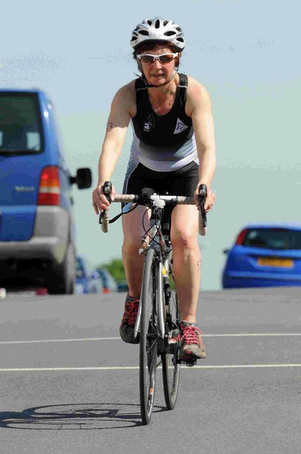 Dorset Echo: Dorchester Triathlon retu