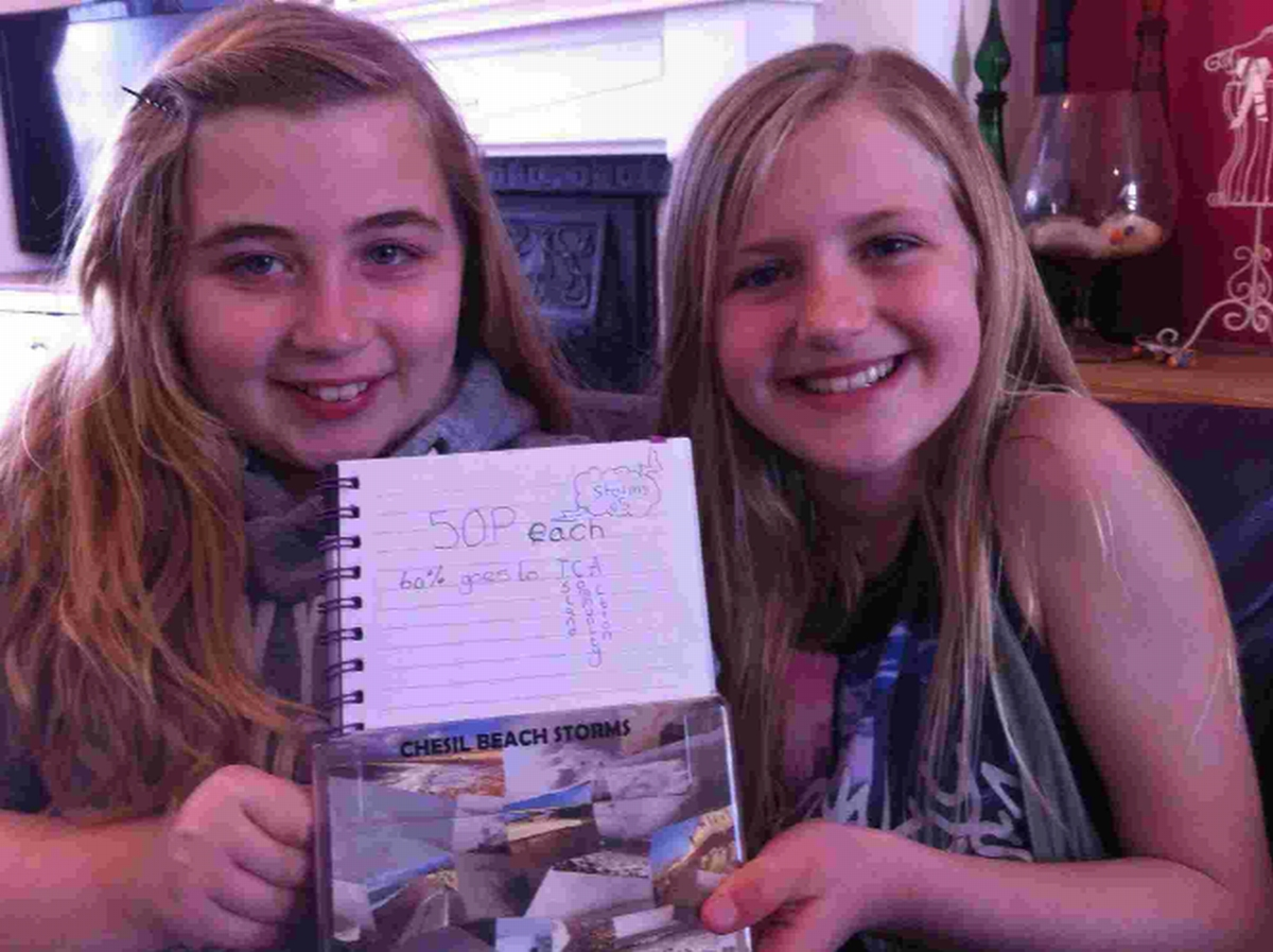 YOUNG ENTREPRENEURS: Sharla Helms, left and Charlotte Pascoe are taking part in the Grow a Tenner project