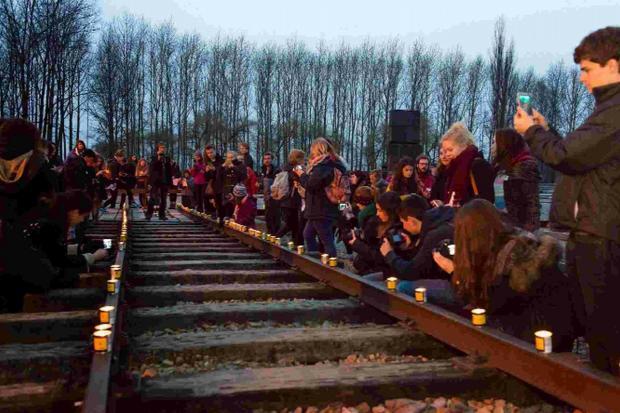 Dorset Echo: MEMORIAL: Students visit Auschwitz-Birkenau with the Holocaust Educational Trust