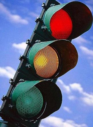 Motorists face delays due to traffic light failure in Weymouth