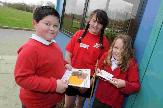 Dorset Echo: ON THE HUNT: Manor Park School pupils orienteering