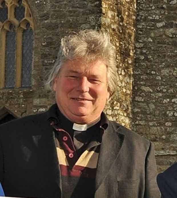 Dorset Echo: Tragic vicar was rowing from Cornwall on 'spiritual journey' when he died