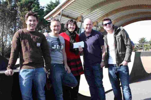DONATION: From left, Stuart Felstead, Dean Kille and Lisa Kille from Weymouth Skatepark Association with Steve Kavanagh and Jay Kavanagh from tReds