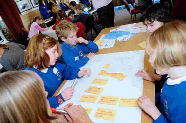Dorset Echo: Schoolchildren learn about money during My Money Week