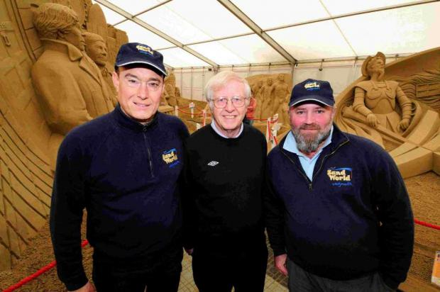 Dorset Echo: LITERALLY MADE OF SAND: Mark Anderson, Cllr Ian Bruce and David Hicks at Sandworld