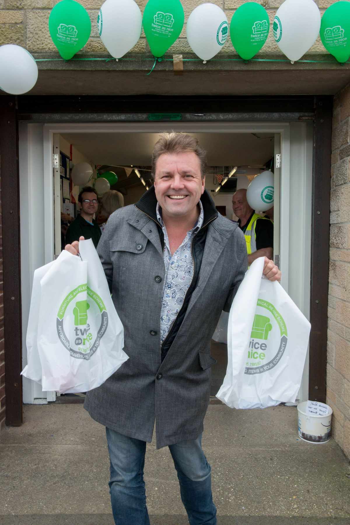 TV star Martin Roberts opens Weymouth recycling scheme
