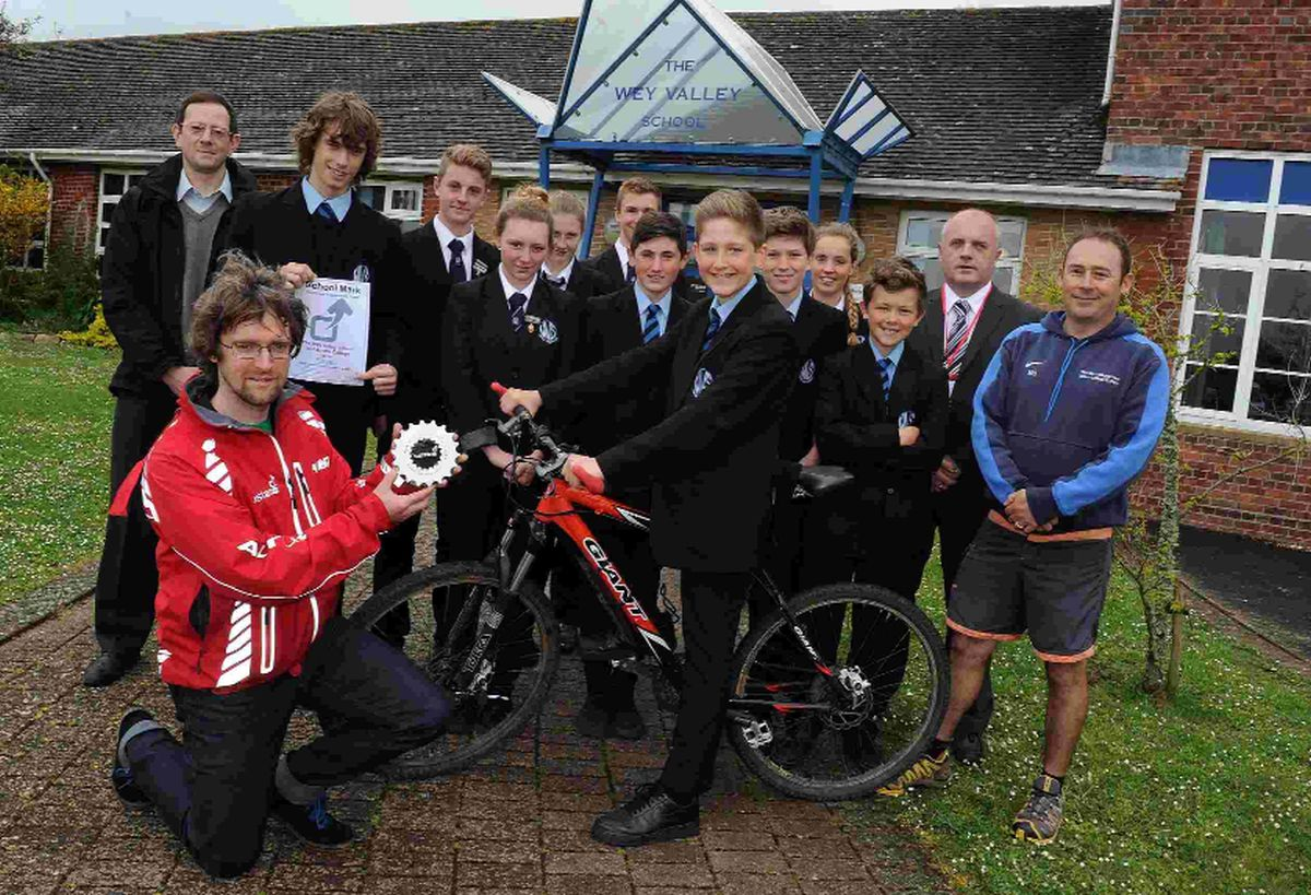 top gear: Cycling award at Wey Valley, Jonathan Dixon from Sustrans, front left, with pupils and teachers
