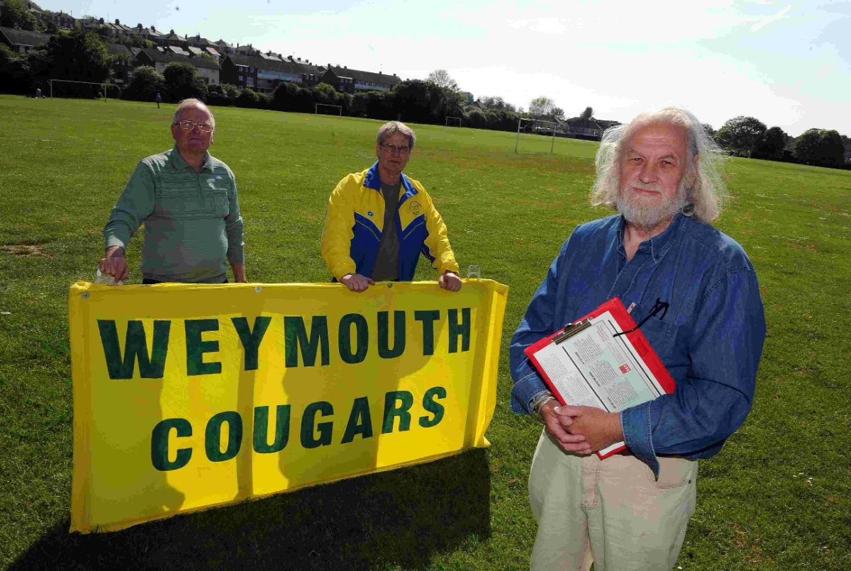 TAKING UP THE FIGHT: Cllr Mike Byatt, right, with Dave Nelmes, left and Jim Halls of the Cougars at the Marsh