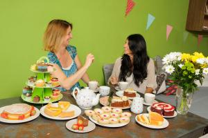 Join the World's Biggest Coffee Morning with Macmillan