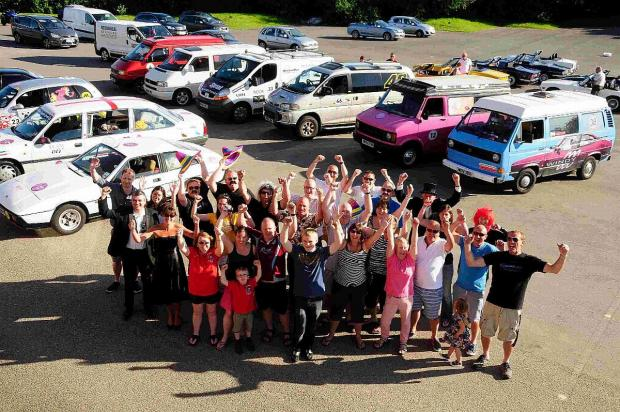 Dorset Echo: WAVING GOODBYE: The Windy 500 racers in the car park at the Bob Lucas Stadium