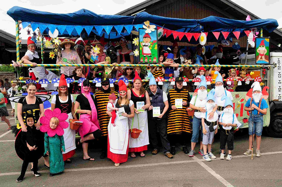 FUN TIMES: Gnomeo & Juliet float by Dorchester Community Nursery School