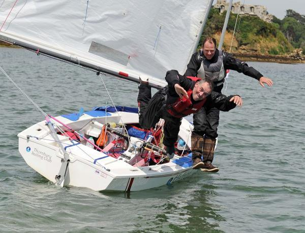Sailors smash record after sailing around the UK in 32 days