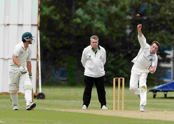 Dorset Echo: WICKET TAKER: Weymouth's Neil Walton