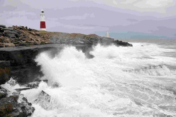 Dorset Echo: STORMY SEAS: Wild waters off Portland Bill