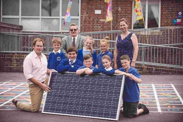 FULL POWER: Presentation of solar panels by Good Energy to Wool Primary School