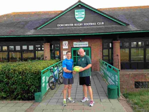 CLUB WELCOME: Scott Bemand with head coach Martyn Peel, right