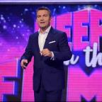 Dorset Echo: Bradley Walsh hosts new game show Keep It In The Family (ITV)