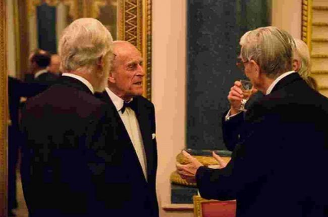 SUPPORT: Prince Philip talks to Professor EO Wilson at Buckingham Palace